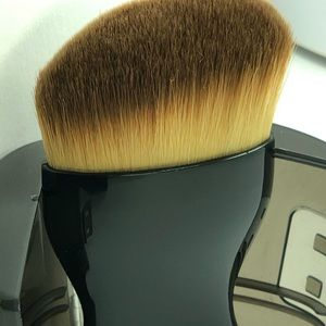 Other - Hi end quality makeup brush foundation -contouring
